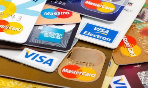 Hình thức vay tín chấp bằng thẻ tín dụng dần trở nên phổ biến hơn