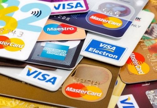 Rút tiền thẻ tín dụng HSBC hình thức sở hữu tiên fmặt nhanh chóng dễ dàng1