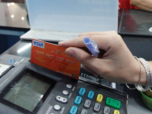 Ngày đáo hạn thẻ tín dụng là gì? Thủ tục khi đáo hạn thẻ tín dụng