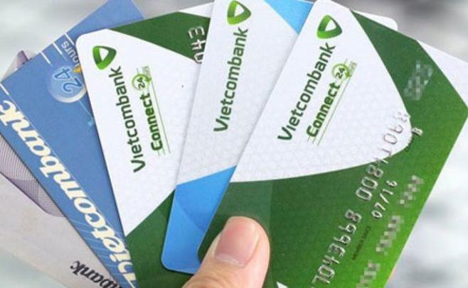 Thẻ Debit là một chiếc ví cất tiền siêu mỏng