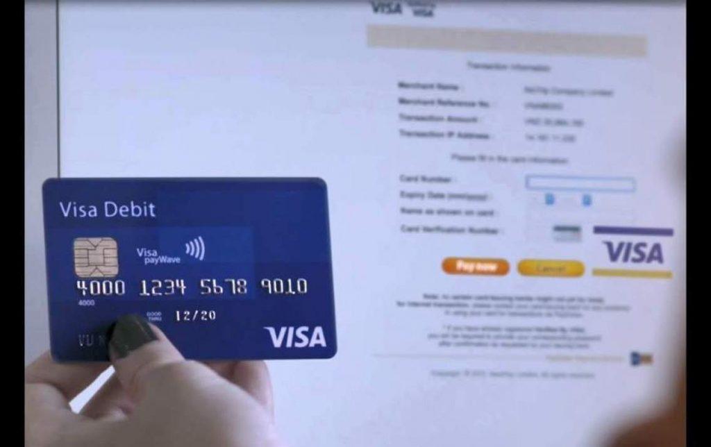 """Giải đáp: """"Thẻ visa rút được tối đa bao nhiêu tiền mặt?"""""""