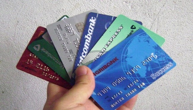 Thẻ Visa có mấy loại? Cách phân biệt từng loại thẻ visa