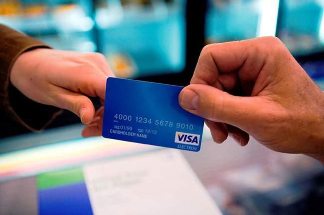 Thẻ visa khác gì thẻ thường và những thông tin cần biết